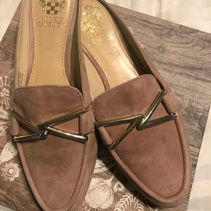 Vince Camuto slip on shoes 6.5!